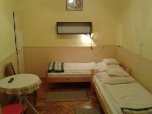 kisdeak2szoba